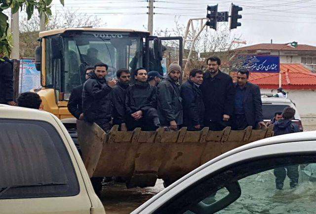اهدای چهارهزار دست لوازم خانگی به خانوادههای سیل زده گلستان