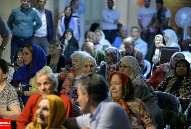 نظارت بر مراکز نگهداری سالمندان چندین برابر میشود/ نظام سلامت اعتبار کافی برای هزینه سالمندان ندارد