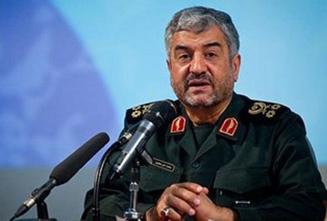 اقرار دشمن به اقتدار نظام اسلامی/تنها برای رفع تحریم ها مذاکره می کنیم