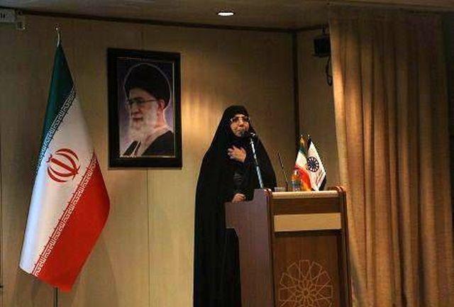 بانوان نقش موثری در ترویج کالای ایرانی دارند