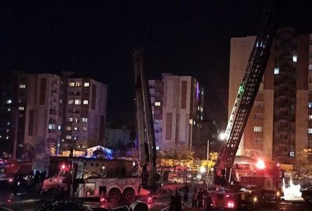 تقدیر شهردار تبریز از تلاش آتشنشانان در آتش سوزی برج های ائل گلی