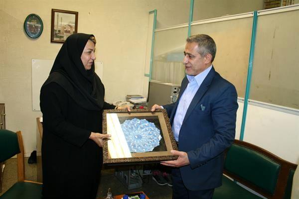 مسئولان کمیته ملی المپیک با خانواده شهید حسینی  دیدار کردند