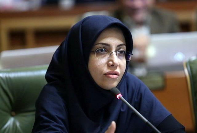 تذکر عضو شورای شهر به شهردار تهران / شهرداری تحولی در بهبود وضعیت زنان نداشته است