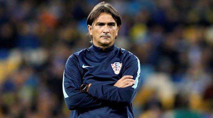 تمدید قرارداد سرمربی تیم ملی تا پایان جام جهانی ۲۰۲۲ قطر