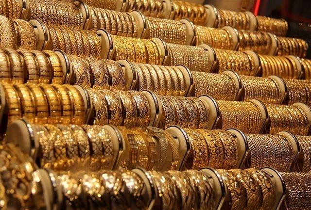 سارقان نقرهفروشی سیرجان دستگیر شدند/سرقت 200 میلیونی طلا و نقره از یک مغازه