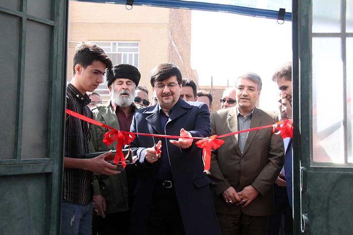 بهره برداری از خانه ورزش محله صدر آباد یزد با حضور عبدالحمید احمدی
