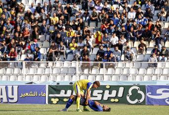 مسابقه فوتبال فجرسپاسی شیراز-داماش گیلان
