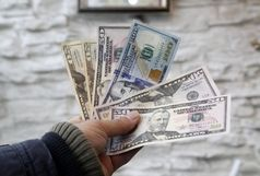 دلار به ۱۷ هزار و ۱۵۰ تومان کاهش یافت