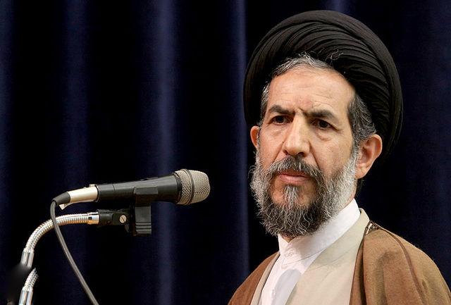 تکیه روحانی میانهرو بر مسند امام جمعه موقت تهران