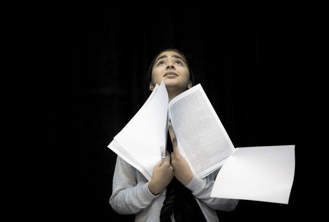 بازیگر نوجوان «نفرین قحطیزدگان» از نقشش در این نمایش میگوید