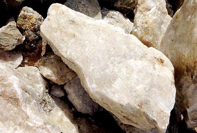 تولید ۴۲ هزارتن ماده معدنی سیلیس مرغوب با خلوص ۹۹ درصد از معادن خوی