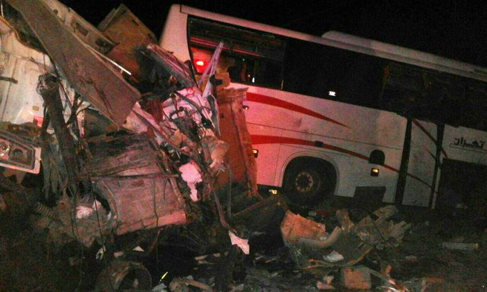 یک کشته و 9مصدوم در تصادف اتوبوس با تریلی در خراسان شمالی