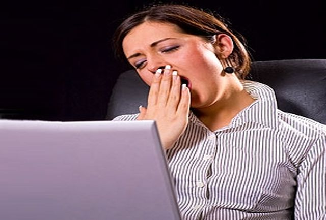چرا صبحها احساس خستگی و کسلی میکنیم؟