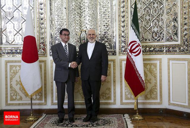 دیدار ظریف با همتای ژاپنی پیش از سفر تاریخی «آبه» به تهران