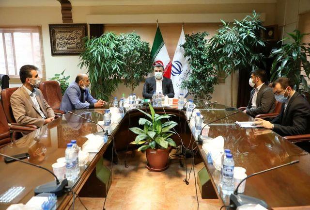 رئیس فدراسیون کشتی با استاندار مازندران دیدار کرد