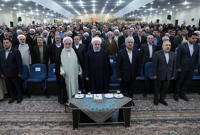 تجلیل رئیس جمهور از فعالیتهای ستاد اقامه نماز وزارت فرهنگ و ارشاد اسلامی