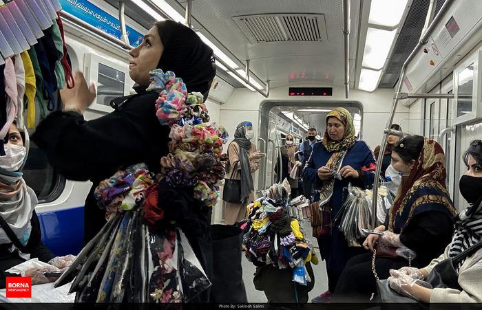 سوراخ کردن گوش در مترو پایتخت!/ عضو شورای اسلامی شهر: مردم خرید نکنند!