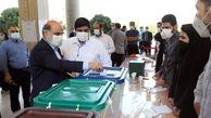 رئیس رسانه ملی رأی خود را به صندوق انداخت