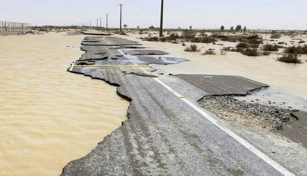 باز شدن بیشتر جادههای مسدود هرمزگان و سیستانوبلوچستان