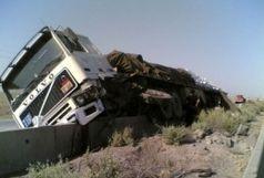 واژگونی خودروی تریلی یک کشته برجا گذاشت/ببینید