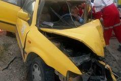 امدادرسانی نجاتگران هلال احمر در حادثه تصادف محور بندرلنگه_ بندرخمیر با ۶ مصدوم