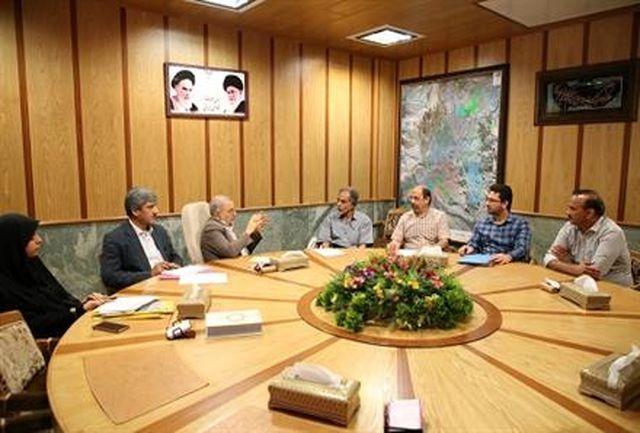 ملاقات عمومی استاندار قم با تعدادی از شهروندان