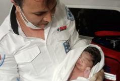 تولد نوزاد دختر در آمبولانس