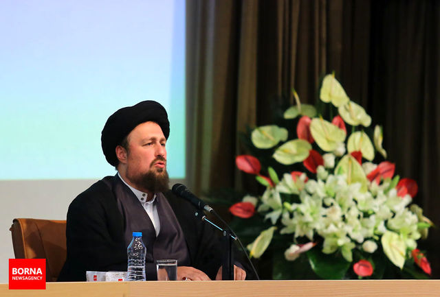 تسلیت سید حسن خمینی به علیرضا محجوب