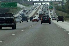 رانندگان از حرکت با دنده عقب در بزرگراهها خودداری کنند