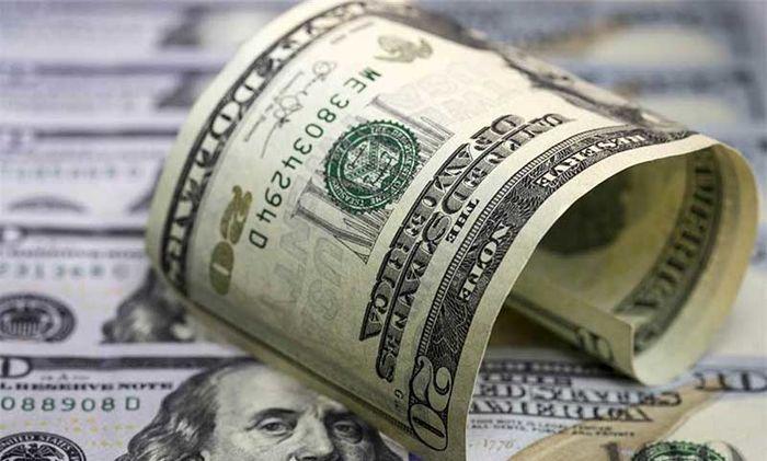 کاهش فاصله نرخ ارز نیمایی با ارز سنا