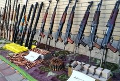 کشف محموله بزرگ اسلحه جنگی در غرب کشور