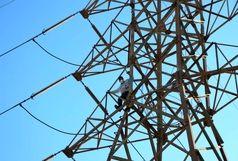 خودکشی مرد 37 ساله از بالای دکل برق فشار قوی+ببینید