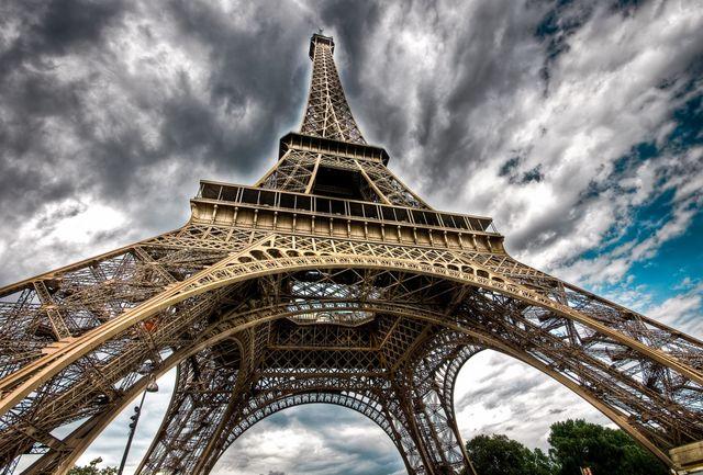 برج ایفل در پاریس بسته شد