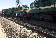 مسافران قطار خارج شده از ریل در بلاتکلیفی