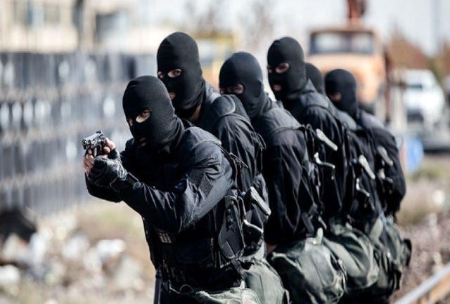 روابط عمومی قرارگاه قدس نیروی زمینی سپاه خبر داد؛ کشف محموله مواد انفجاری و انتحاری در مرز سراوان