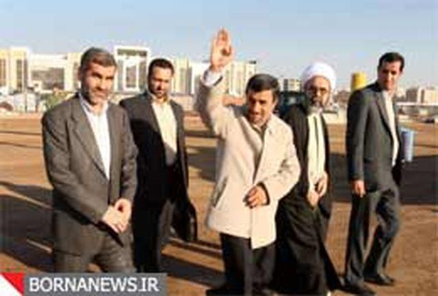 استقبالی متفاوت از احمدی نژاد در کارخانه سیمان