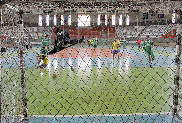 شهرداری کازرون پیروز شد؛ آغاز نیمفصل دوم لیگ برتر هندبال