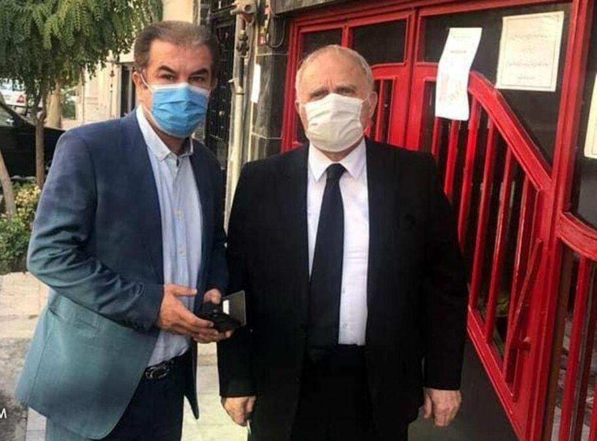 سرمربی اسبق پرسپولیس در بیمارستان بستری شد
