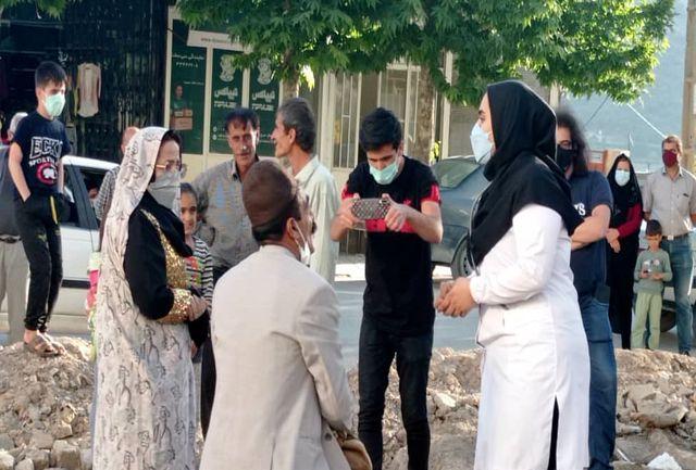 """اجرای نمایش خیابانی""""عشق کرونایی"""" در شهر سی سخت"""