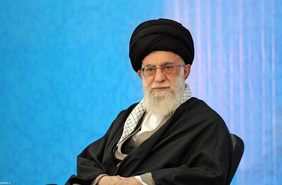 نسخه الکترونیک کتاب منظومه فکری آیتالله العظمی خامنهای منتشر شد
