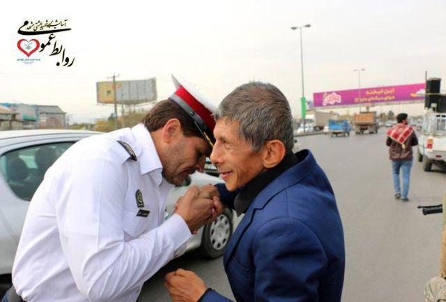 اجرای طرح اهدای مدال خادم الرضا(ع) به خادمان موکب های خدمات زائر