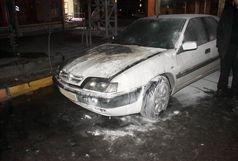 اطفا حریق خودروی زانتیا در بلوار اسدآبادی قزوین