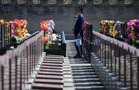 مردی که یک روز پس از خاکسپاری زنده شد