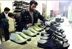 پنجمین نمایشگاه کفش، صندل و صنایع وابسته در قم افتتاح شد