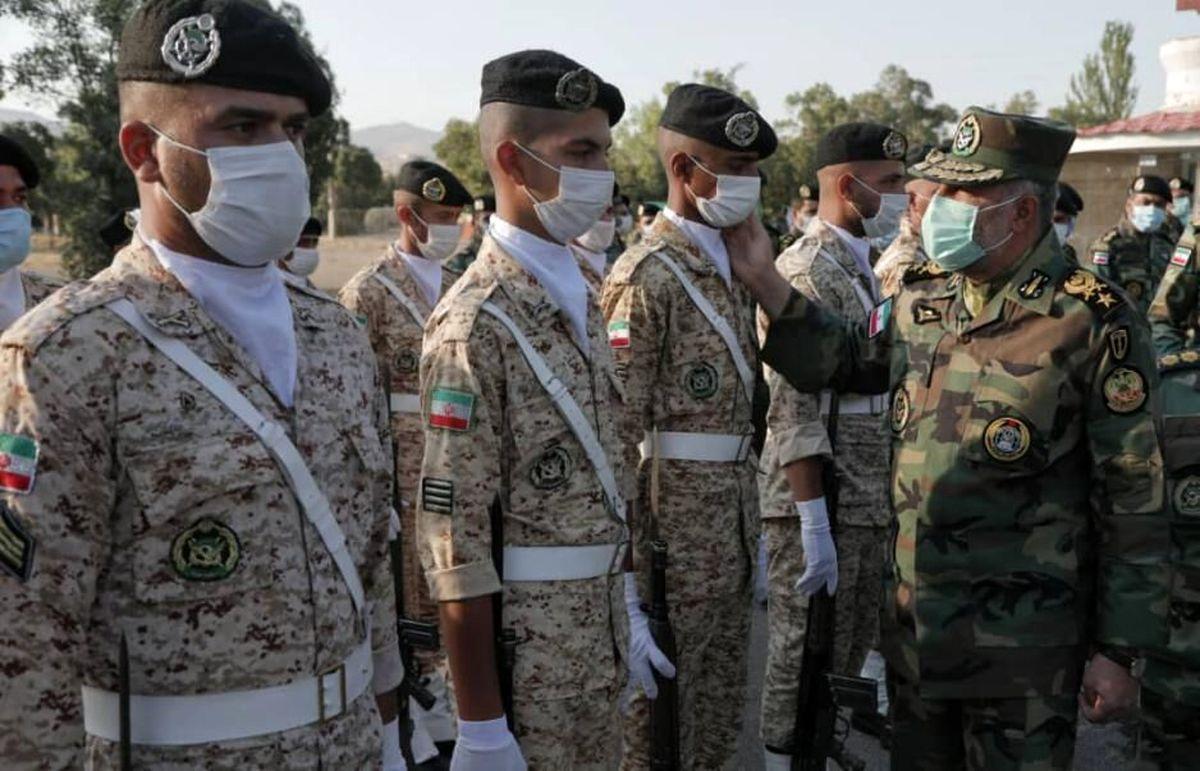 فرمانده نیروی زمینی از تیپ ۳۶۴ مهاباد بازدید کرد