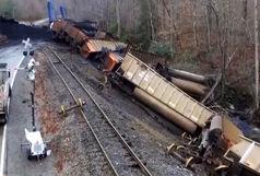 قطار باری در دیزباد نیشابور واژگون شد