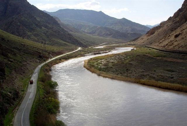 بررسی لایحه احداث نیروگاه جریانی بر روی رودخانه ارس فوریتی شد