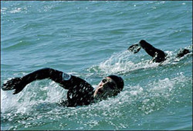 حرکت شناگر ایرانی برای ثبت رکورد جهانی شنا در آبهای آزاد