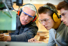 کارآموزی یا کارمند بیمزد!/ وزرات کار هیچ نقش نظارتی بر وضعیت کارورزان ندارد