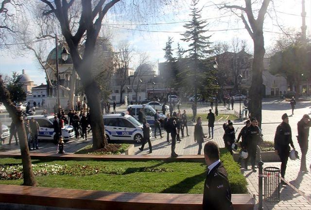 استانبول در هراس/ انفجار تروریستی در منطقه توریستی